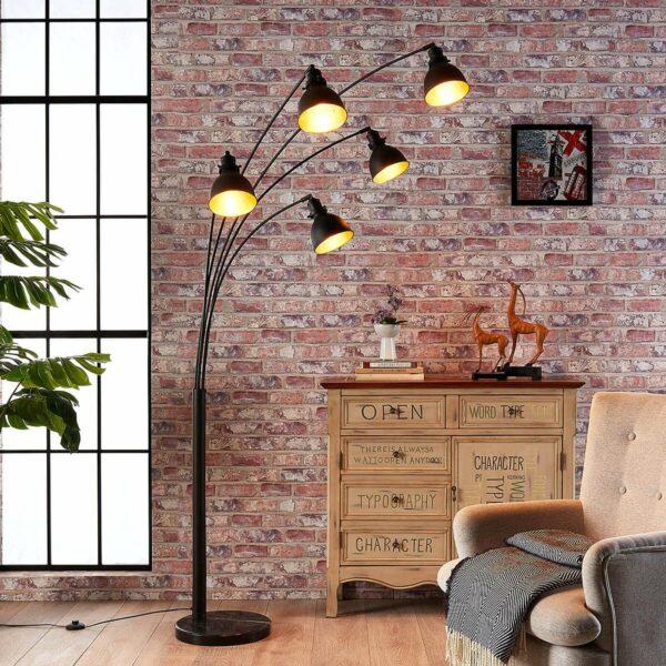 5-lamppuinen Lira-lattiavalaisin, musta ja kulta