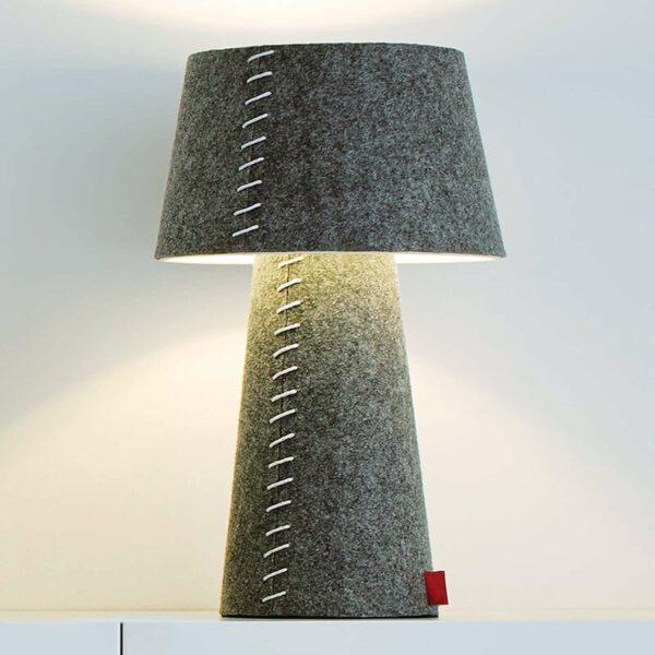 Harmaa Alice-LED-pöytälamppu huopapäällisellä