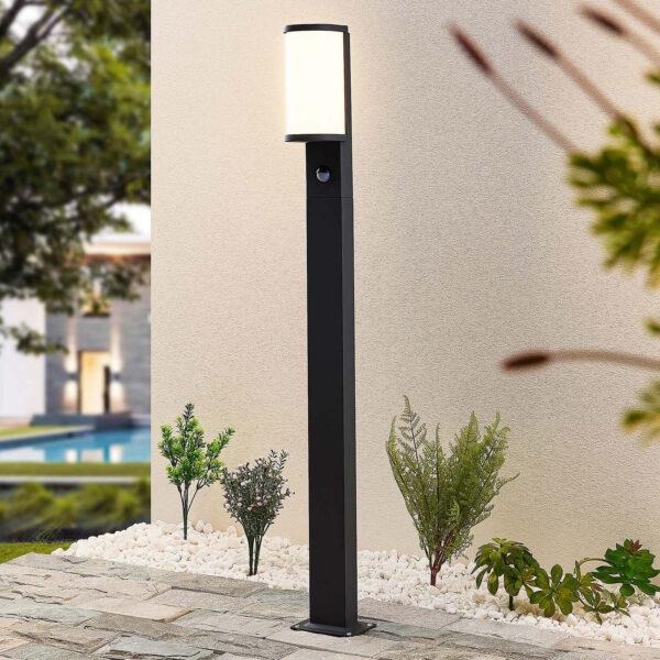 Lucande Jokum-LED-pylväsvalo, IP54,100 cm