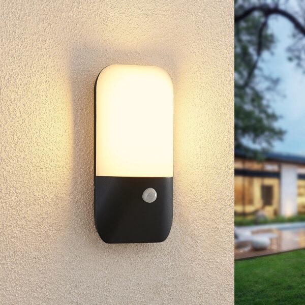 Lucande Bazilea LED-anturi-ulkoseinälamppu