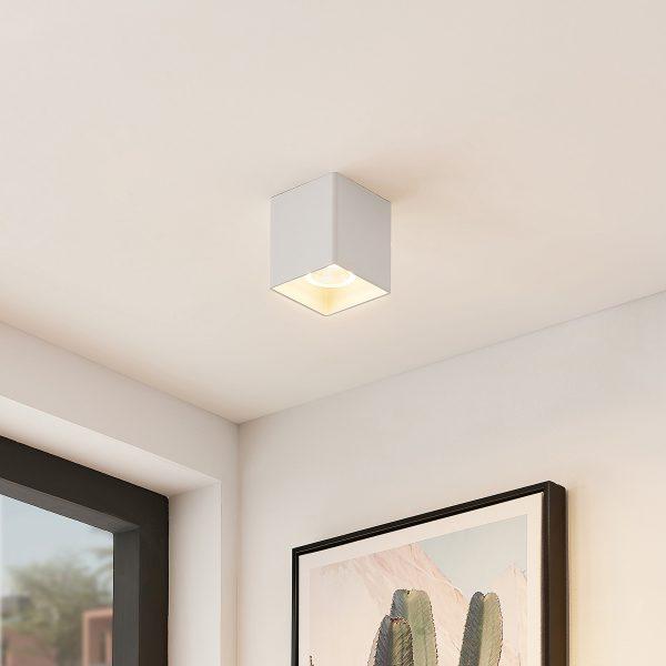 Arcchio Zaki-LED-kattovalaisin kulmikas, valkoinen