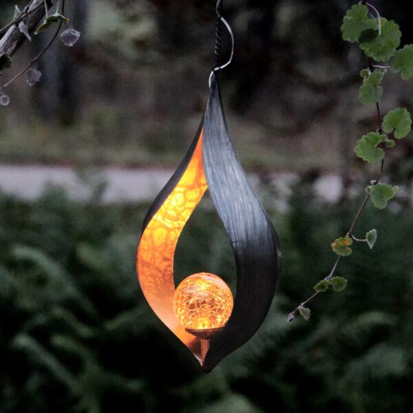Aurinkokäyttöinen, ripustettava Melilla-LED-lamppu