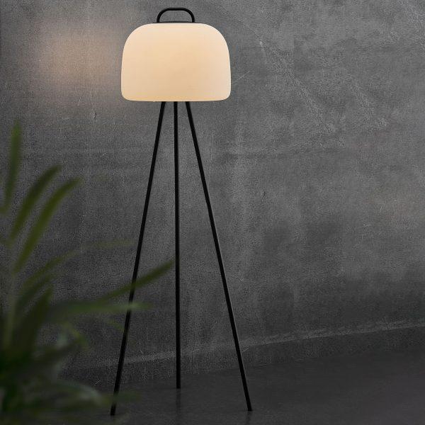 LED-lattiavalaisin Kettle Tripod, varjostin 36 cm