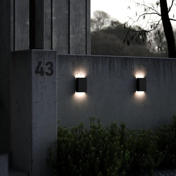 LED-ulkoseinälamppu Fold, 15 x 21 cm, musta