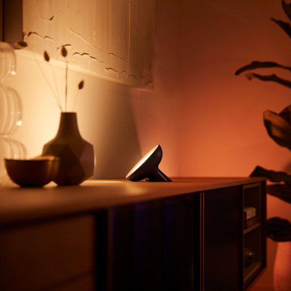 Philips Hue Bloom -pöytälamppu musta white & color